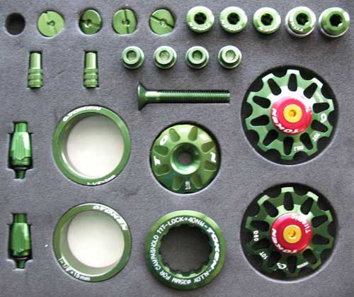 ROAD CUSTOM PARTS KIT green