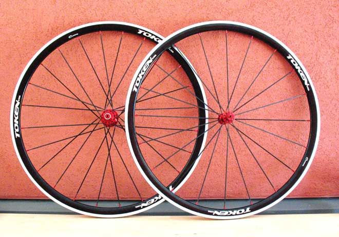 ALLOY CLINCHER ROAD WHEELSET C30A197