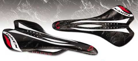 COMFORT MARBLE CARBON SADDLE
